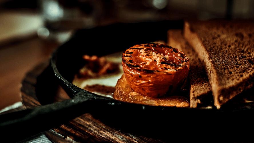 Iron Cast Pan Cooking